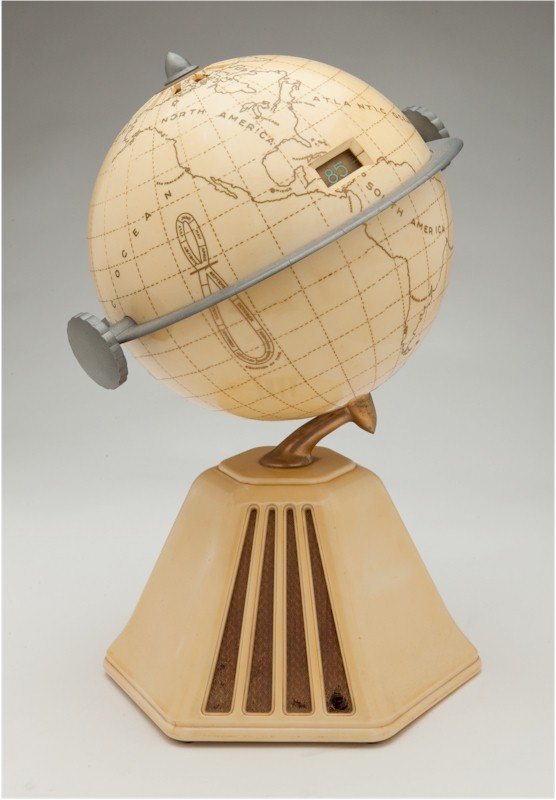 Colonial 700 (?) Globe