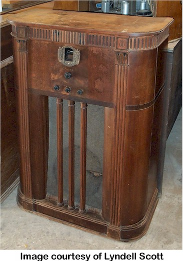 Old Philco Radio
