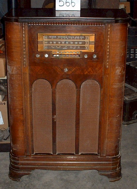 Image - Antique Radio Forums • View Topic - BIG RCA Console Identification