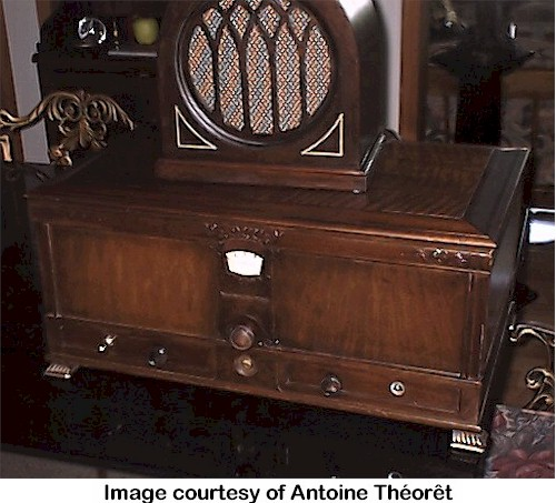 Stromberg-Carlson 628 Treasure Chest