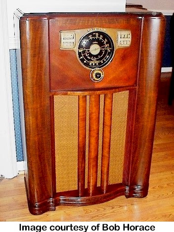Zenith 10-S-567 & Radio Atticu0027s Archives - Zenith 10-S-567 (1941)