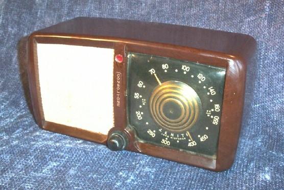 Radio Attic's Archives - Zenith 5-D-011 (1946)